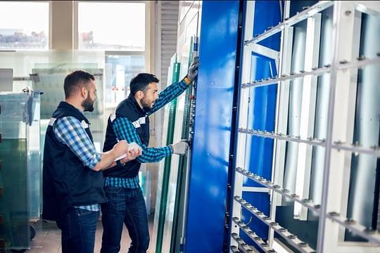 Dubai Glass fixing company in dubai